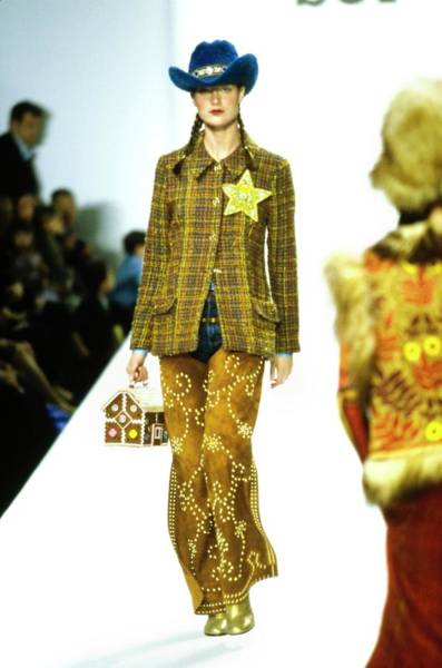 Autumn Photograph - Model On A Runway For Anna Sui by Guy Marineau