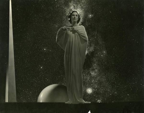 Spiral Photograph - Model Standing In Front Of The Trylon by Edward Steichen