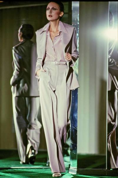 Runway Model Photograph - Model Walking For John Anthony by Jacques Malignon