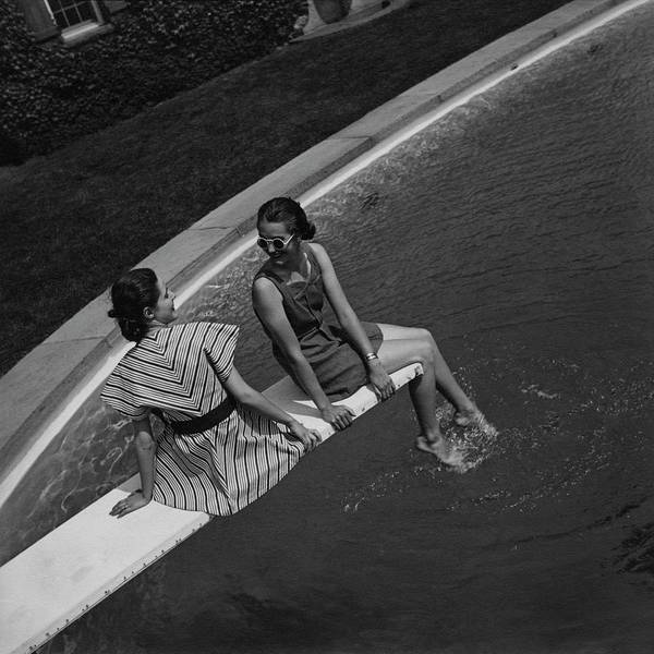 Outdoor Photograph - Models On A Diving Board by Toni Frissell