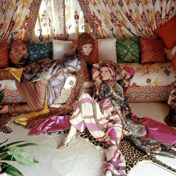 Home Accessories Photograph - Models Viviane And Christiana Wearing Silk Print by Henry Clarke