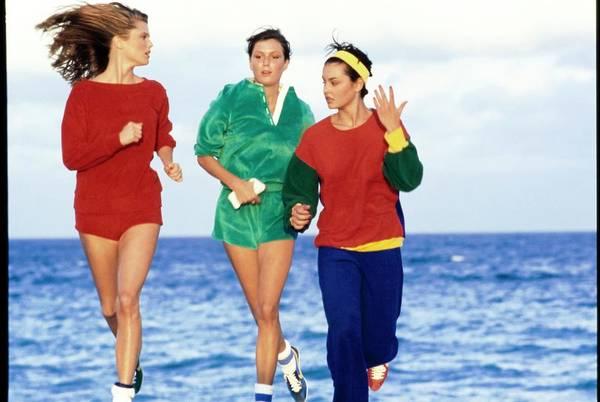 Christie Brinkley Photograph - Models Wearing Sportswear On A Beach by Arthur Elgort
