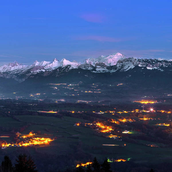 Mont Blanc Wall Art - Photograph - Mont Blanc At Dusk by Babak Tafreshi