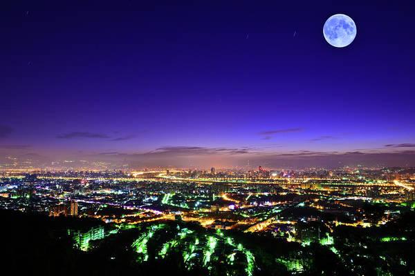 Taiwan Photograph - Moon In The Night Sky by Taiwan Nans0410