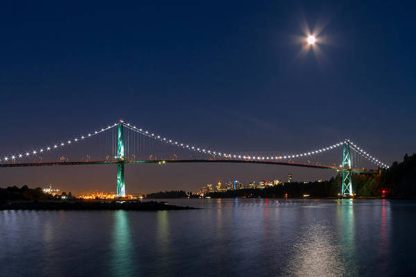 Metro Vancouver Wall Art - Photograph - Moon Rise Over Vancouver by Michael Russell
