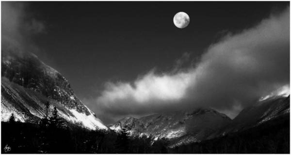 Photograph - Moonrise Over Franconia Notch by Wayne King