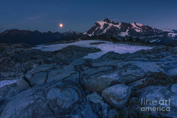 Photograph - Moonrising by Gene Garnace