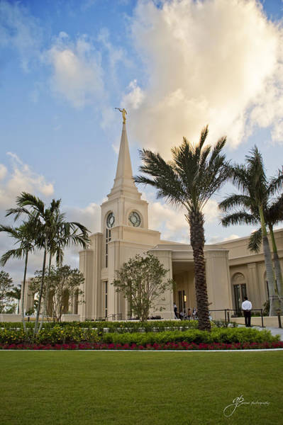 Photograph - Mormon Temple by William Arenas