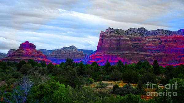 Wall Art - Photograph - Glorious Morning In Sedona by Beverly Guilliams