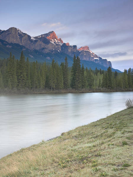 Wall Art - Photograph - Mount Rundle And The Bow River At Sunrise by Richard Berry