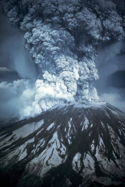 Active Volcano Photograph - Mount St Helens Erupting by Us Geological Survey/science Photo Library