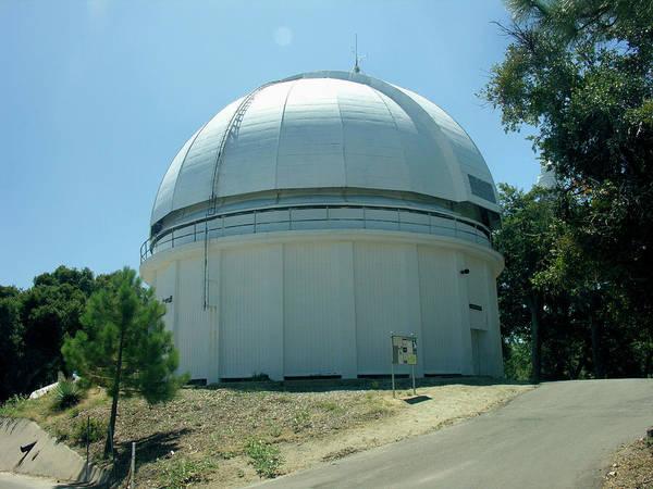 Mt. Wilson Photograph - Mount Wilson Hooker Telescope Dome by Peter Bassett/science Photo Library