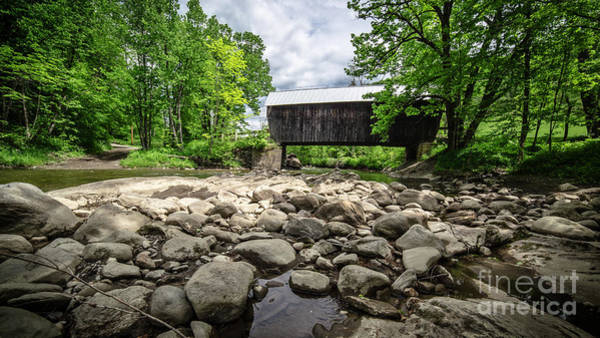 Kunst Wall Art - Photograph - Moxley Covered Bridge Chelsea Vermont by Edward Fielding