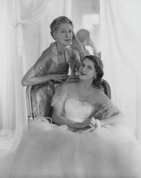 Photograph - Mrs. Francis Mcneil Bacon IIi And Her Daughter by Horst P. Horst