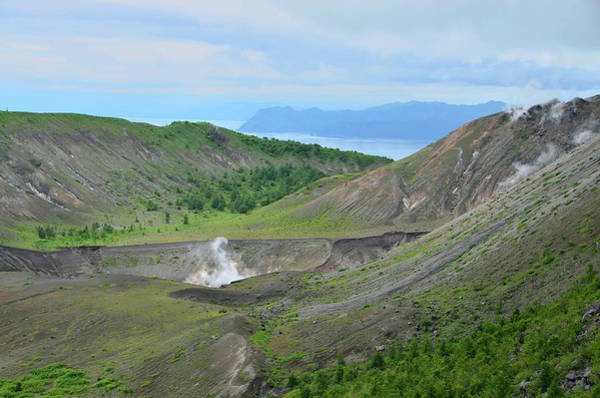 Volcanic Craters Photograph - Mt. Usu by Electravk