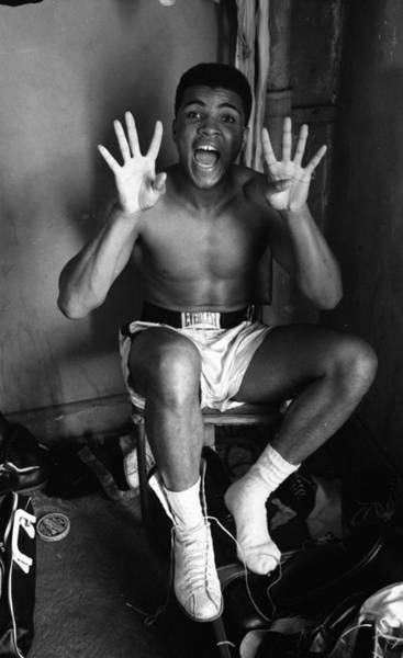 Clay Photograph - Muhammad Ali Showing Off  by Retro Images Archive