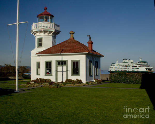 Photograph - Mukilteo Lighthouse by Rod Best