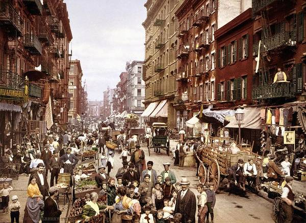 Lower Manhattan Photograph - Mulberry Street, New York, Circa 1900 by Science Photo Library