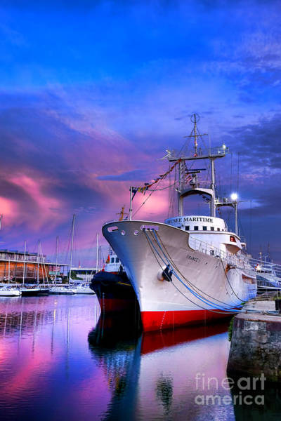 Wall Art - Photograph - Musee Maritime by Olivier Le Queinec