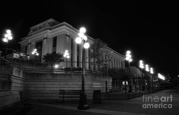 Victoria Bc Wall Art - Photograph - Museum At Night by James Yang