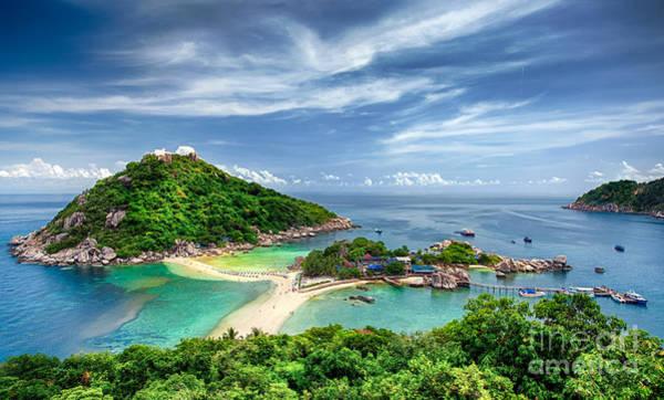 Koh Samui Photograph - Nangyuan And Tao Island by Anek Suwannaphoom