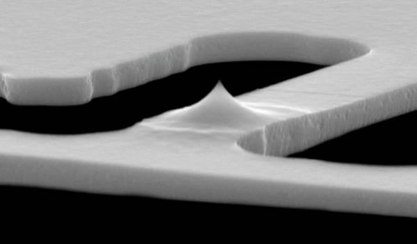 Nanotechnology Photograph - Nanopatterning Tip by Ibm Research