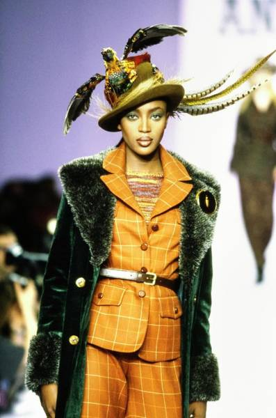 Autumn Photograph - Naomi Campbell On A Runway For Anna Sui by Guy Marineau