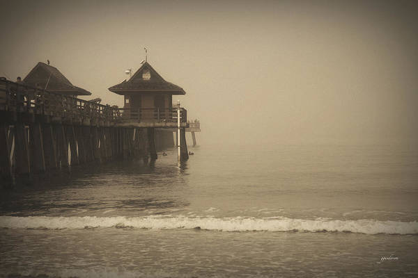 Naples Pier In The Fog Art Print