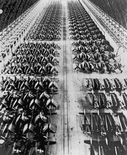 Ww Ii Photograph - Navy Planes In Storage by Underwood Archives