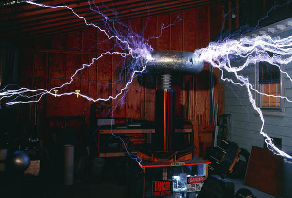 Discharge Photograph - Nemesis Tesla Coil Generating Lightning by Peter Menzel/science Photo Library