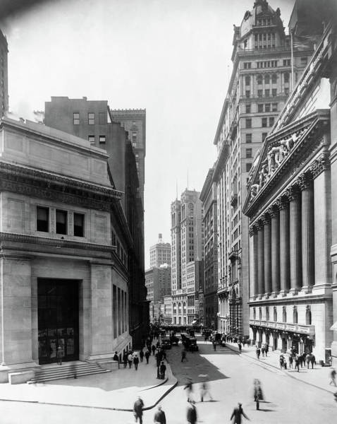 Photograph - New York Broad Street by Granger