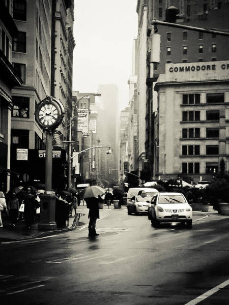 5th Avenue Photograph - New York City - Rain - 5th Avenue by Vivienne Gucwa