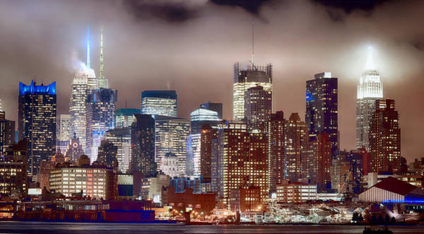 Photograph - New York City - Skyline Mid Town by Rospotte Photography