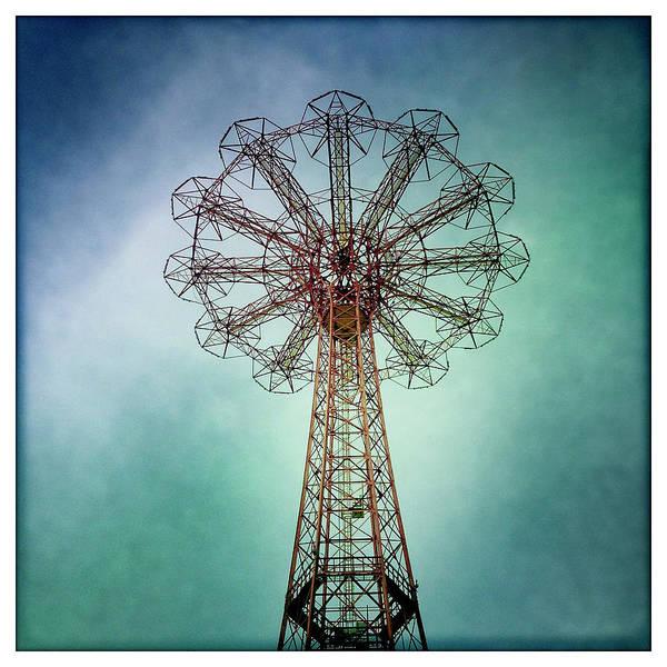 Art Prints Photograph - New York - Coney Island by Michael Trueblood
