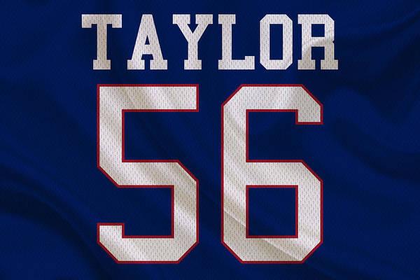 Lawrence Photograph - New York Giants Lawrence Taylor by Joe Hamilton