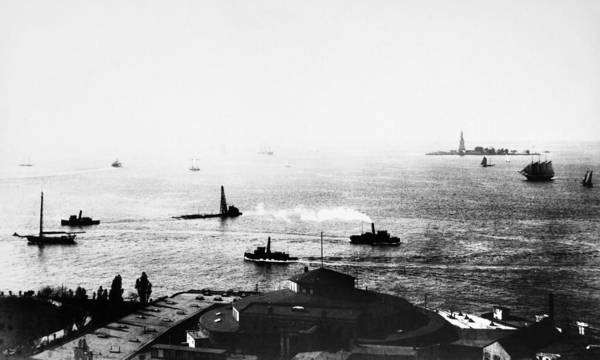 Wall Art - Photograph - New York Harbor, C1890 by Granger