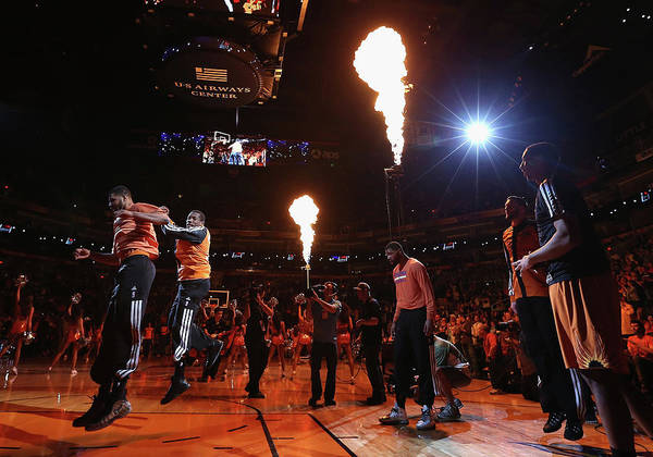 Talking Photograph - New York Knicks V Phoenix Suns by Christian Petersen