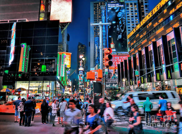 Photograph - New York Minute by Jeff Breiman