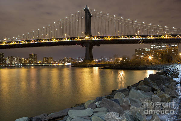 Photograph - New York Nights by Leslie Leda