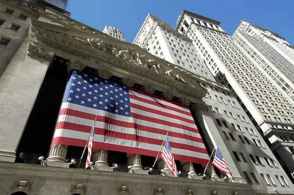 New Market Photograph - New York Stock Exchange by Mark Thomas/science Photo Library