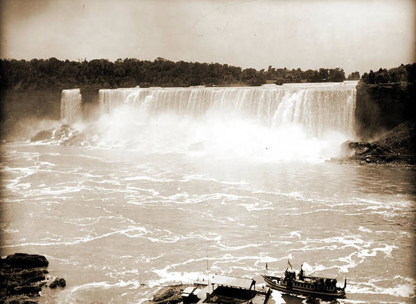 Mist Drawing - Niagara Falls And The Maid Of The Mist, Maid Of The Mist by Litz Collection