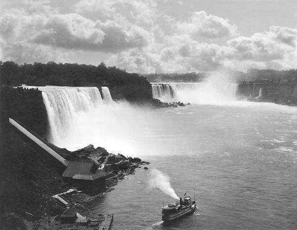 The Maid Photograph - Niagara Falls Maid Of The Mist by Underwood Archives
