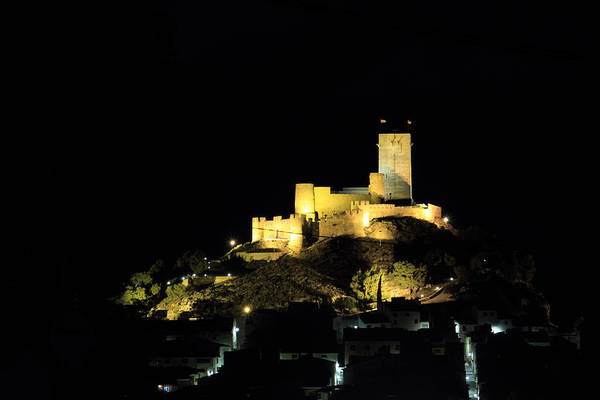 Photograph - Night At The Castle by Pedro Fernandez