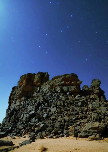 Ursa Major Photograph - Night Sky Over The Sahara Desert by Babak Tafreshi