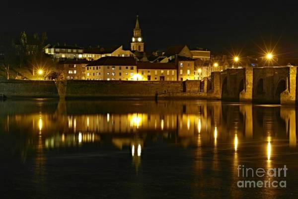 Photograph - Night View Of The River Tweed At Berwick by Les Bell