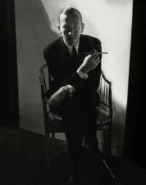 Glamour Photograph - Noel Coward Smoking by Edward Steichen
