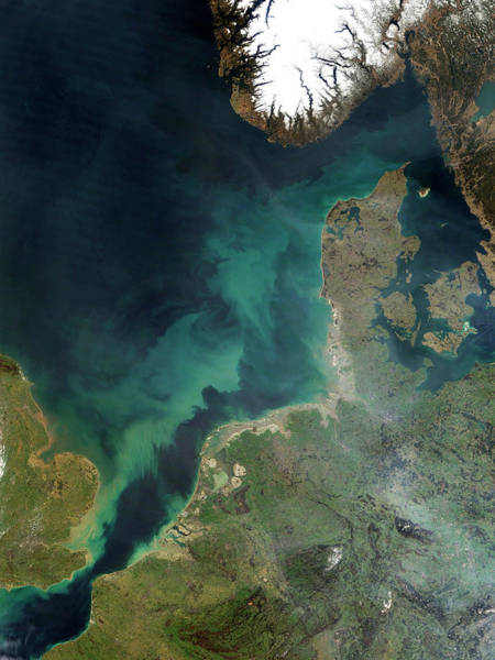 Plume Photograph - North Sea Sediment by Nasa/science Photo Library