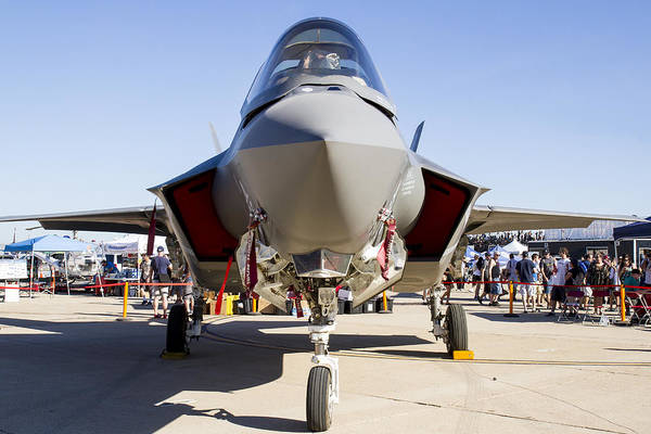 Nose To Nose With An F-35 Art Print