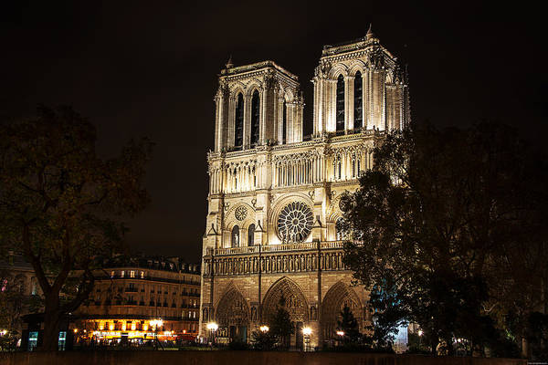 Wall Art - Photograph - Notre Dame by Ryan Wyckoff