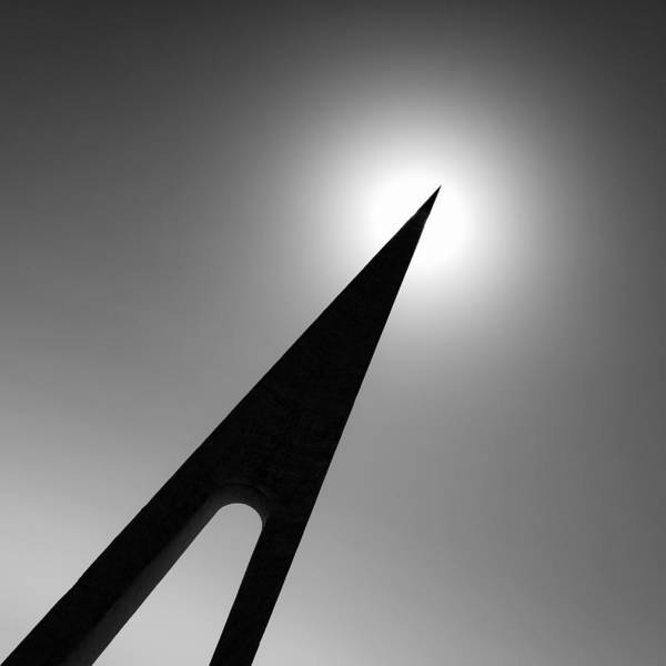 Spikes Photograph - Nungesser And Coli Monument by Dave Bowman